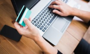 sondaj-cea-mai-mare-migrare-din-offline-catre-online-este-in-aceasta-perioada-la-plata-taxelor