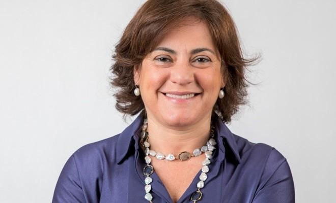 gabriela-figueiredo-dias-prima-femeie-presedinte-al-consiliului-pentru-standarde-internationale-de-a8470.jpg poza 3